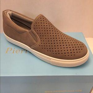 Pierre Dumas Traveler slip on taupe shoes